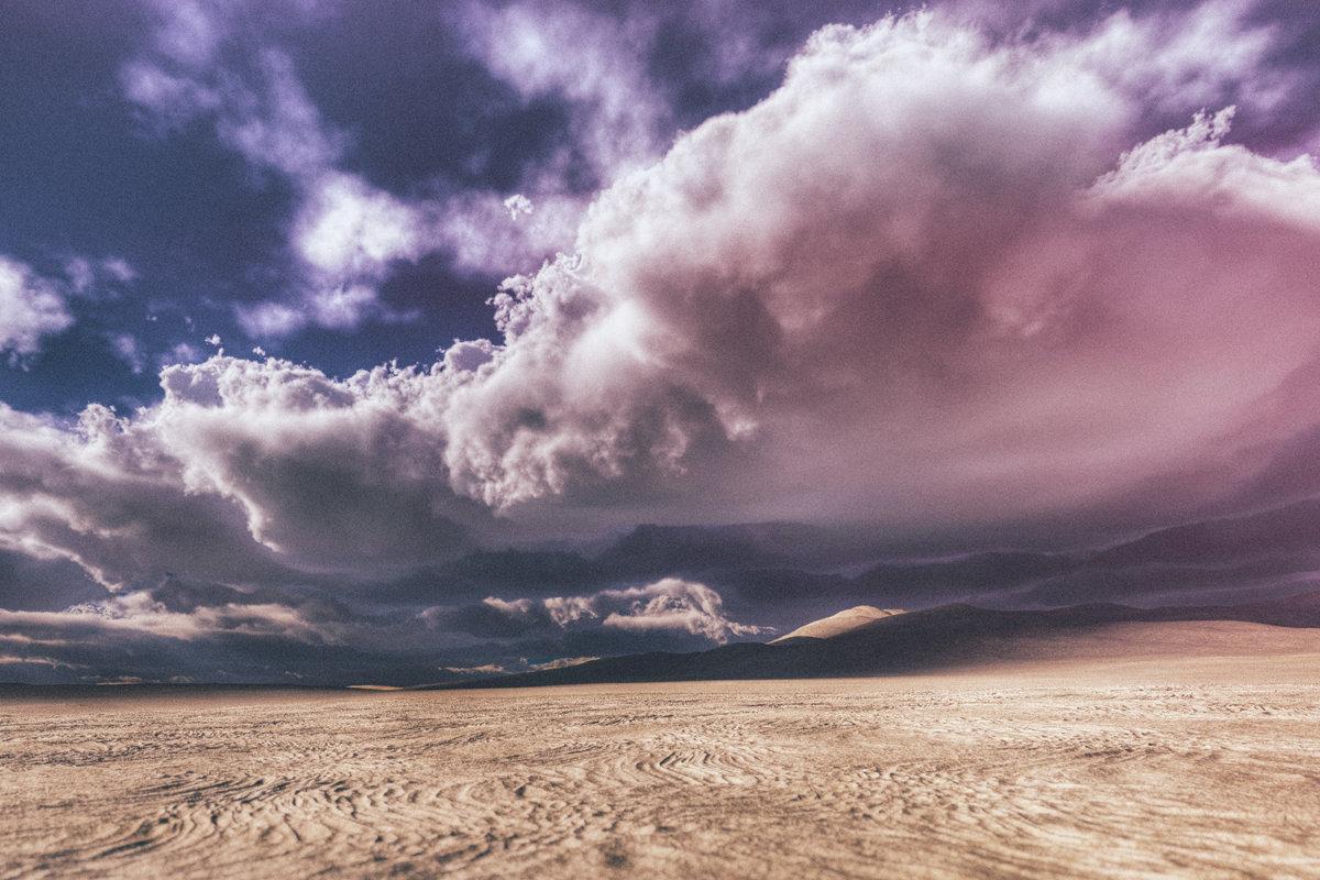 Hình ảnh trời mây trên sa mạc
