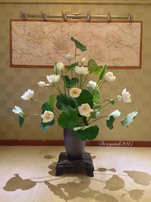 Cách cắm hoa sen đẹp như mơ