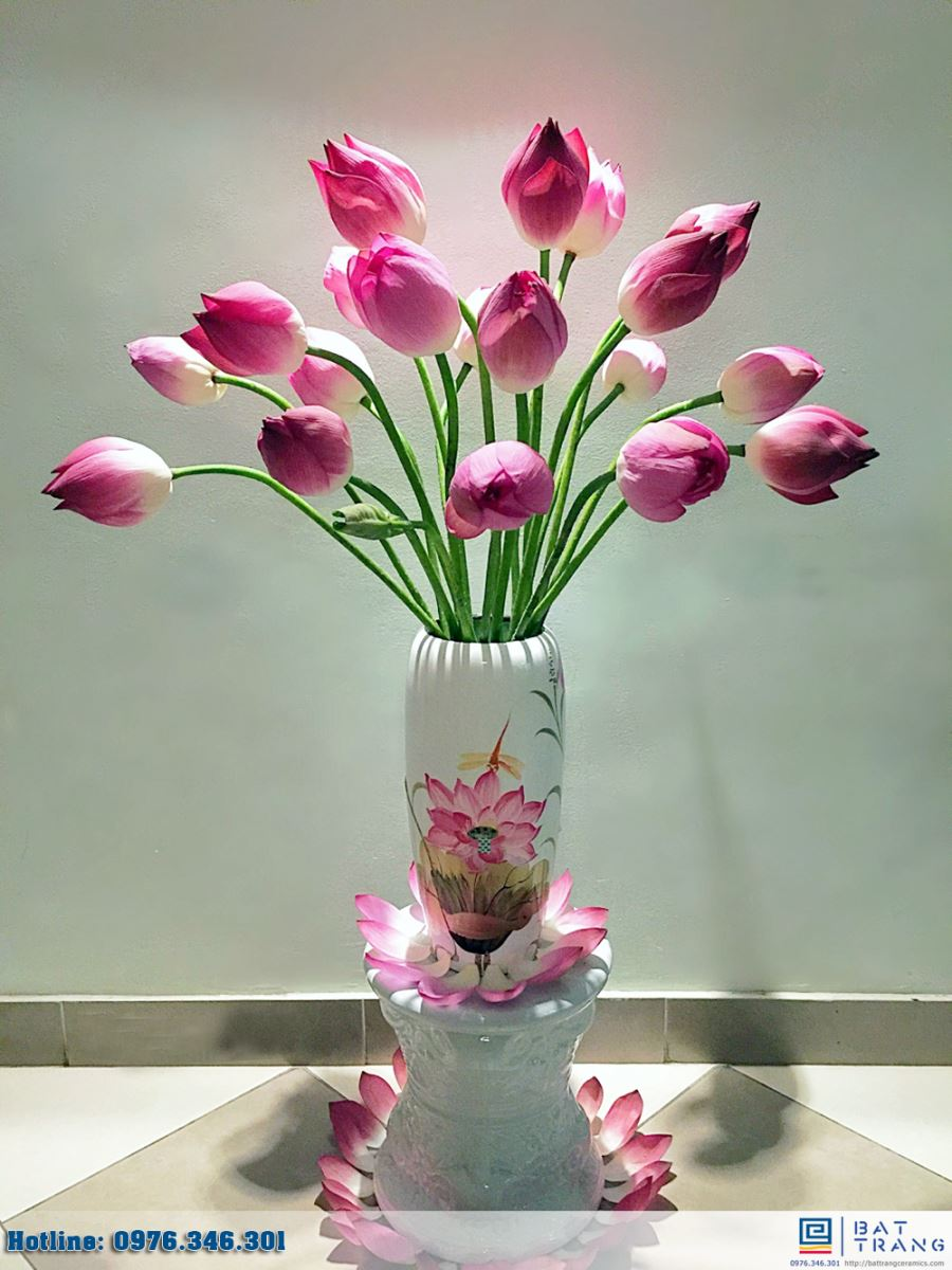 Cách cắm hoa sen tỏa đóa nở rộng cực đẹp