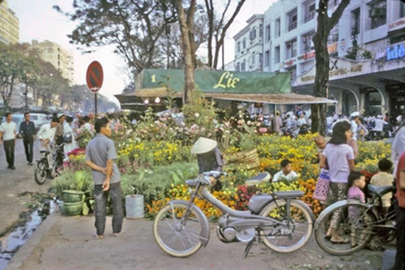 Hình ảnh chợ hoa ngày tết xưa