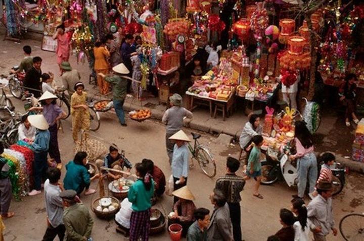 Hình ảnh phiên chợ tết xưa