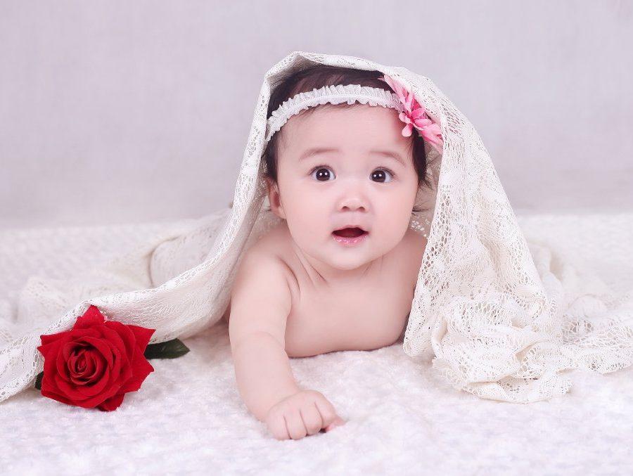 Ảnh chụp trẻ sơ sinh đáng yêu