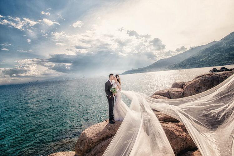 Ảnh hôn nhau bên bờ biển Đà Nẵng đẹp
