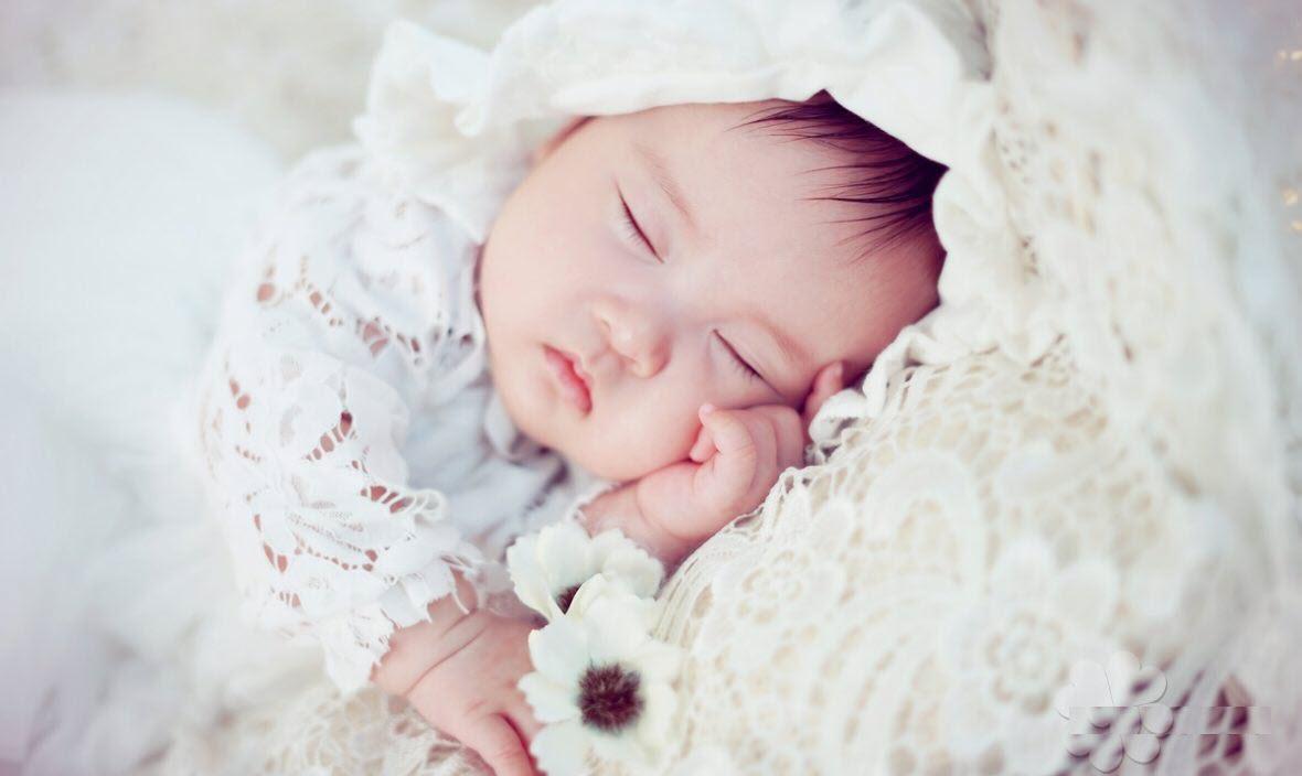 Hình ảnh baby sơ sinh dễ thương nhất