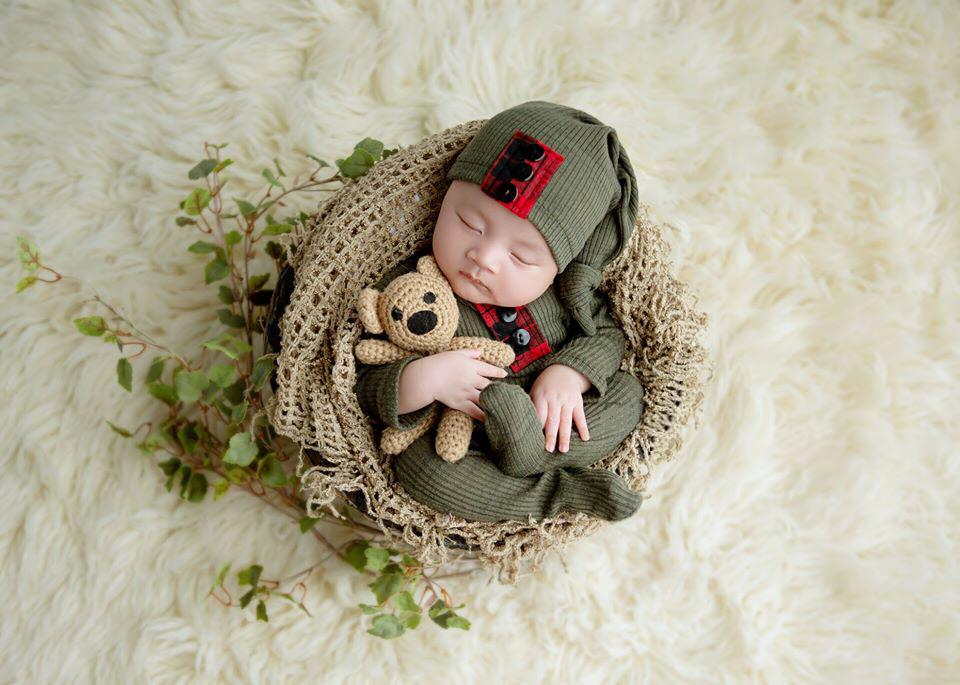 hình ảnh bé sơ sinh 7 - 15 ngày tuổi
