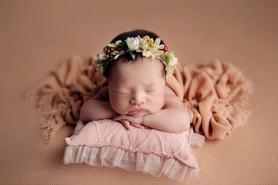 Hình ảnh bé sơ sinh đáng yêu