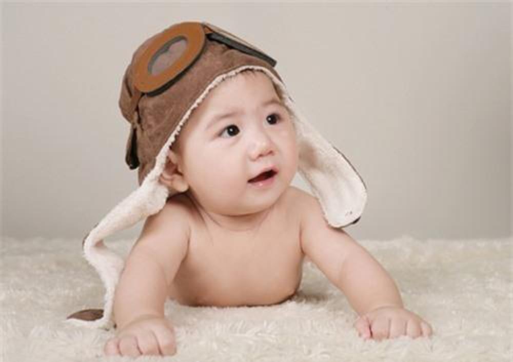 Hình ảnh trẻ sơ sinh đáng yêu
