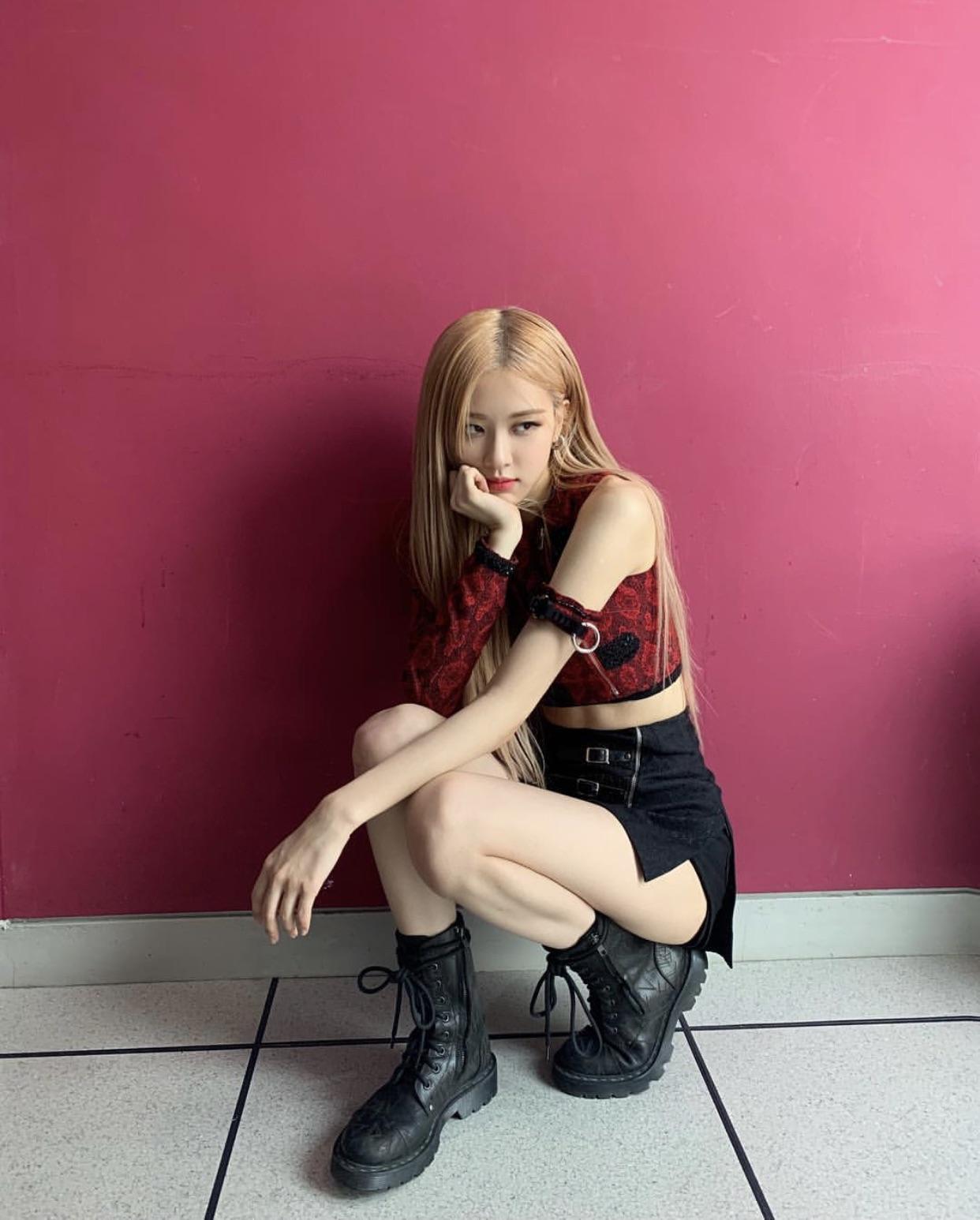 Ảnh siêu xinh đẹp mới nhất của Rosé  BlackPink 2020