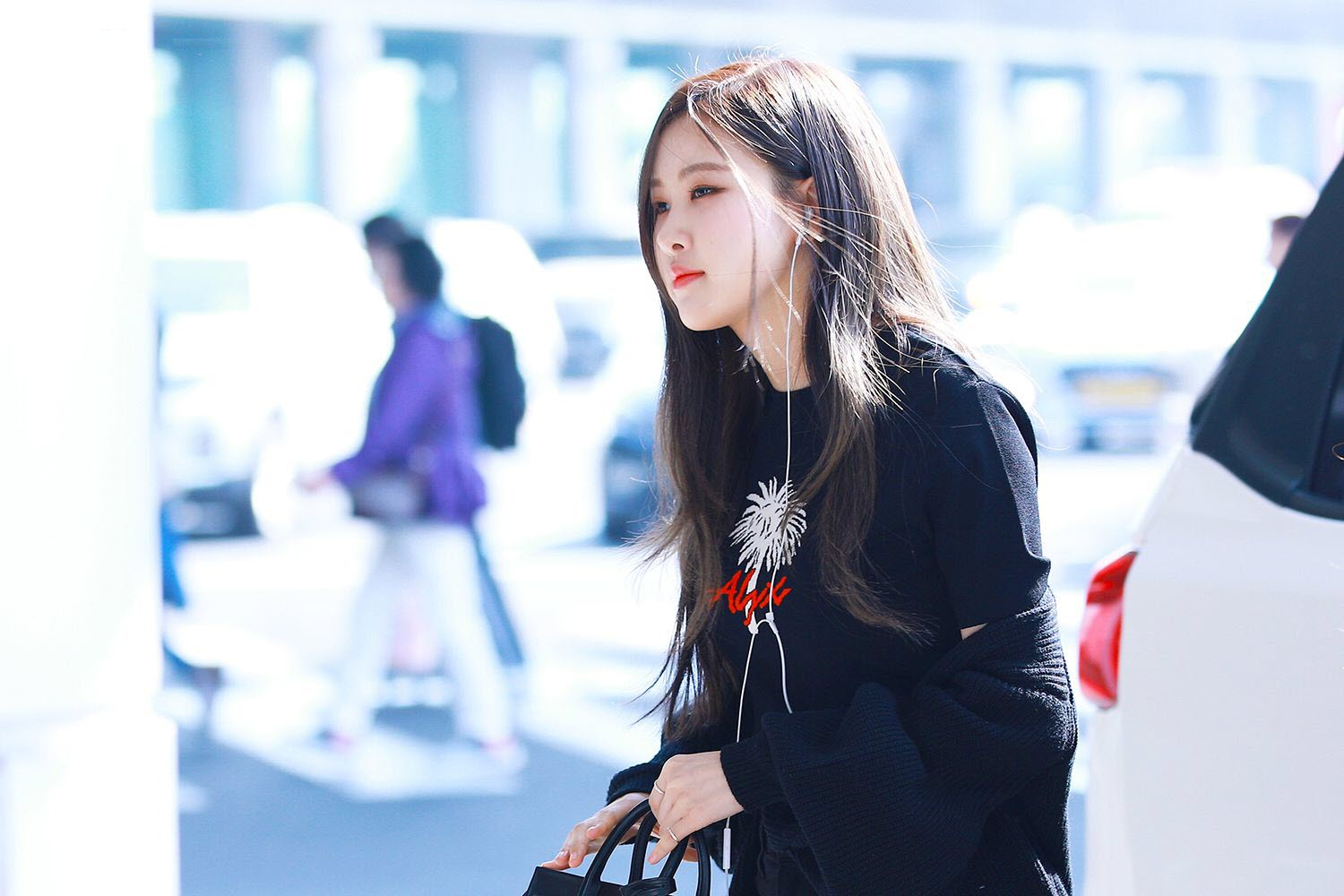 Rose Black Pink Airpory Fashion 2018