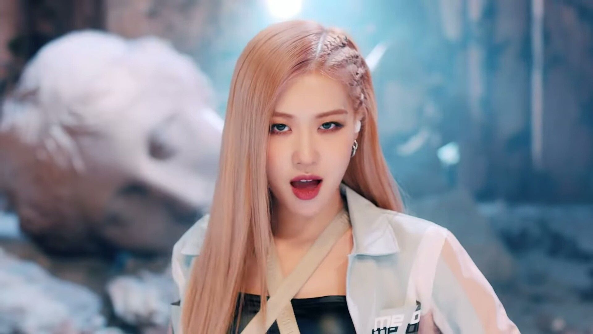 Rose trong MV Kill This Love