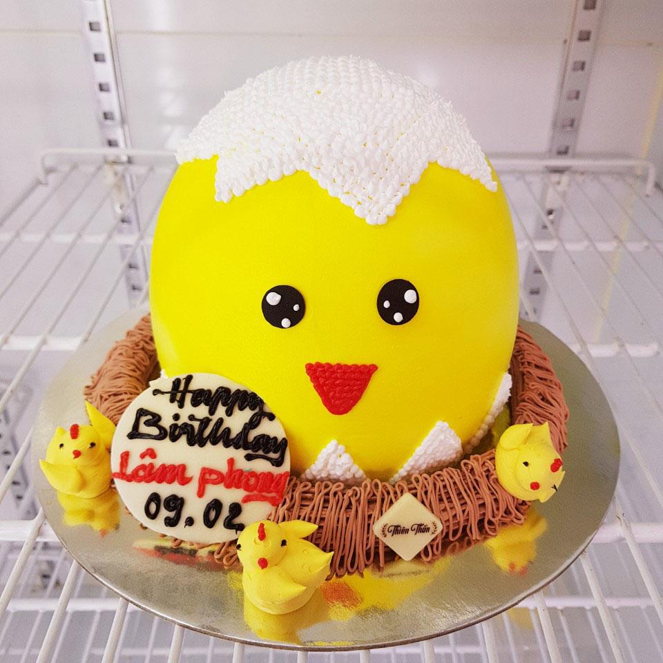 Bánh sinh nhật gà con ngộ nghĩnh