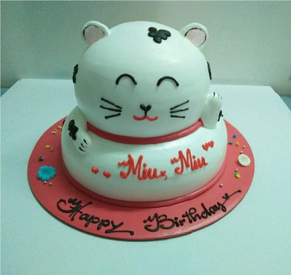 Bánh sinh nhật hình con mèo dễ thương