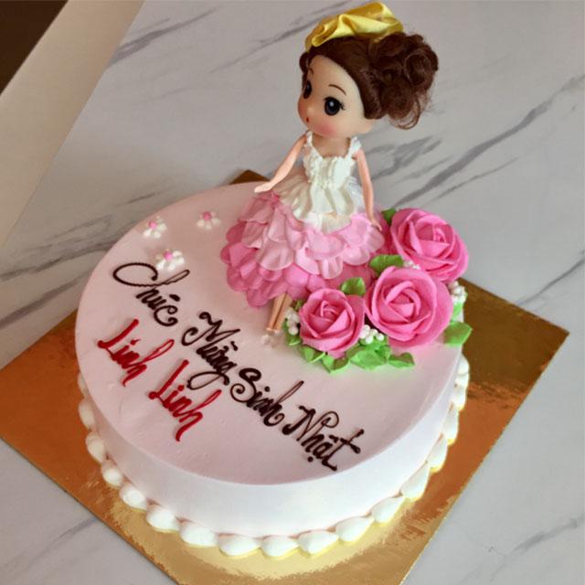 Bánh sinh nhật hình công chúa đẹp và ngộ nghĩnh