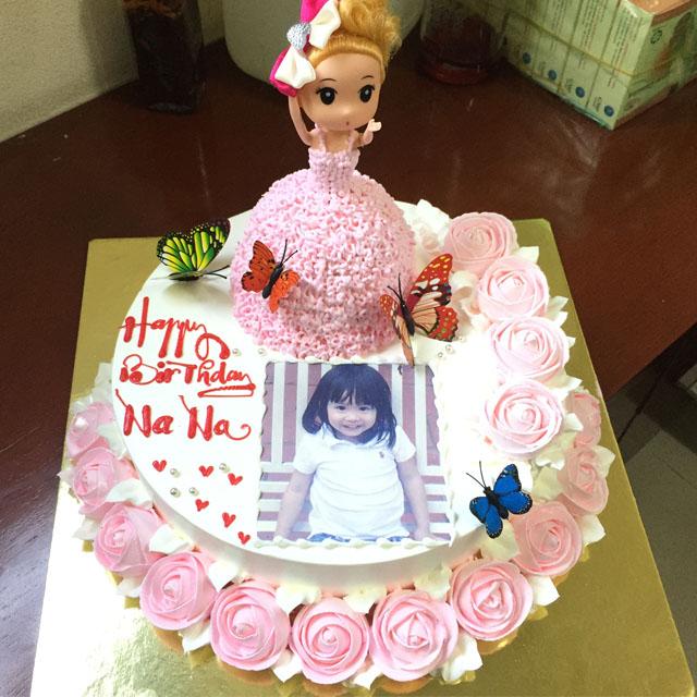 Bánh sinh nhật hình công chúa ngộ nghĩnh