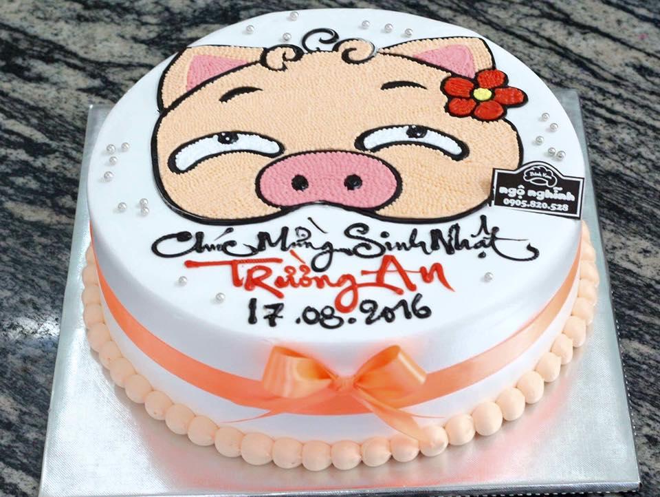 Bánh sinh nhật hình heo ngộ nghĩnh