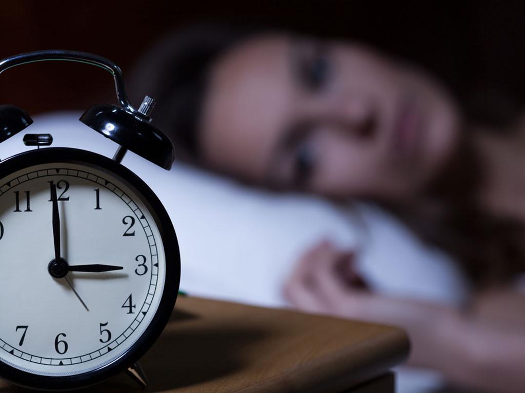 Hình ảnh khó ngủ của cô gái thức đến 3h đêm
