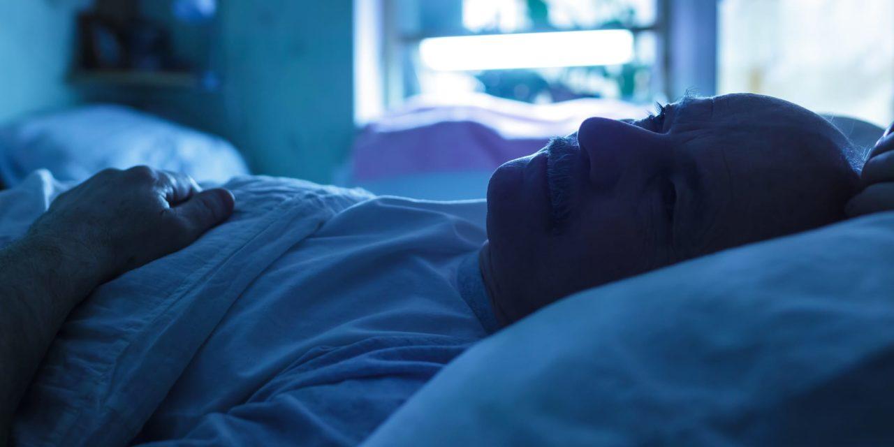 Hình ảnh khó ngủ của người đàn ông trung niên