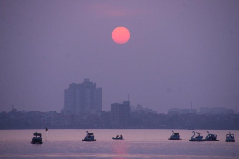 Hình ảnh Hồ Tây hoàng hôn