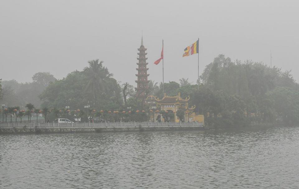 Hình ảnh Hồ Tây mùa đông