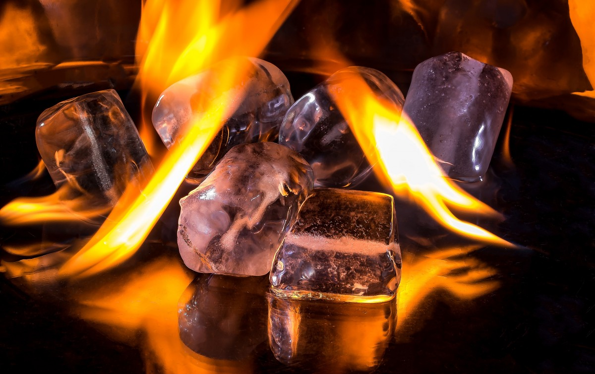 Hình ảnh lửa và băng