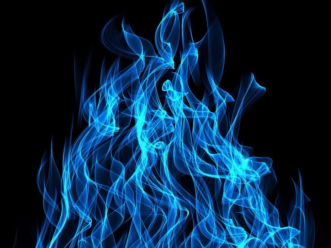 Hình ảnh ngọn lửa xanh