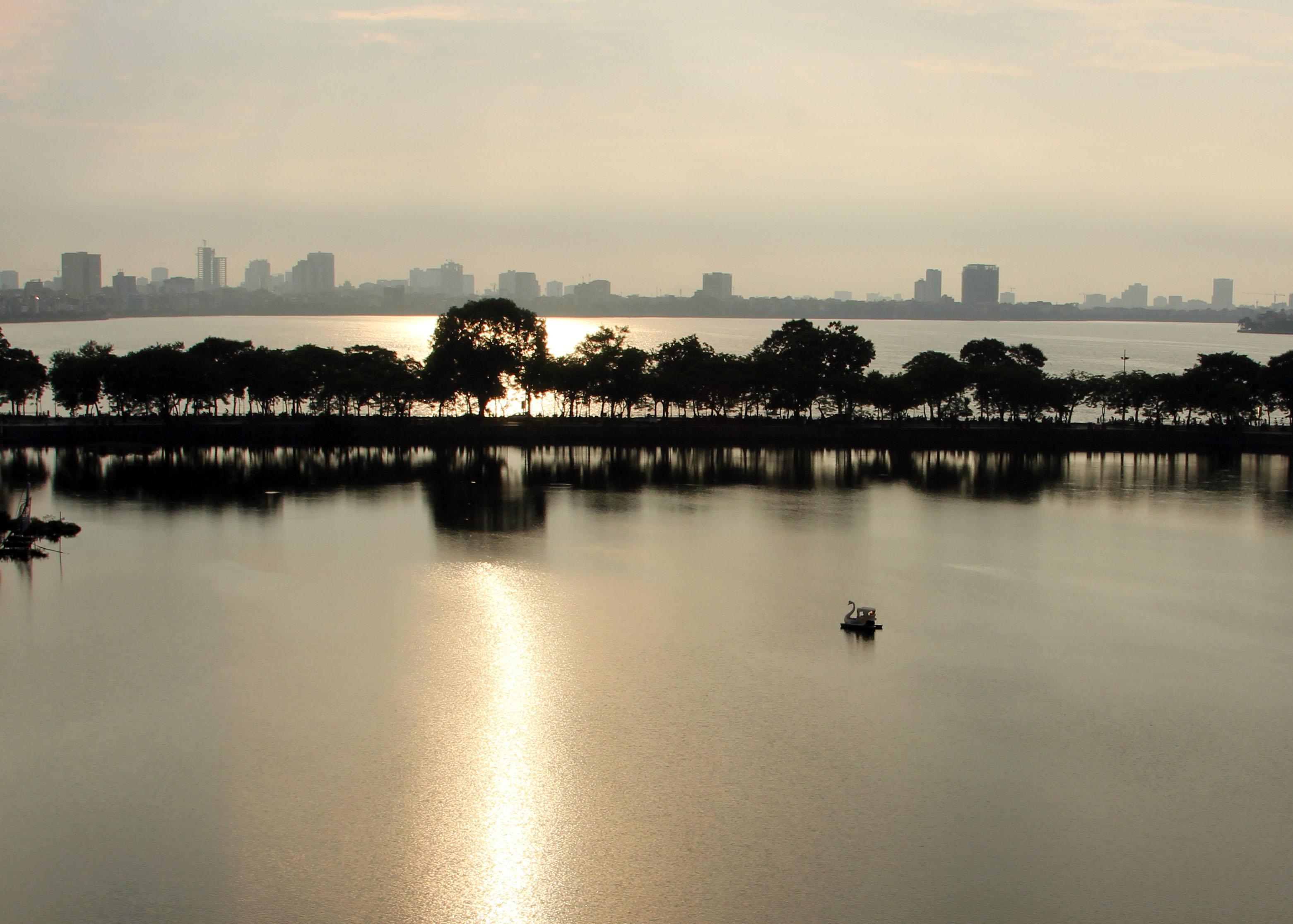 Hình ảnh toàn cảnh Hồ Tây