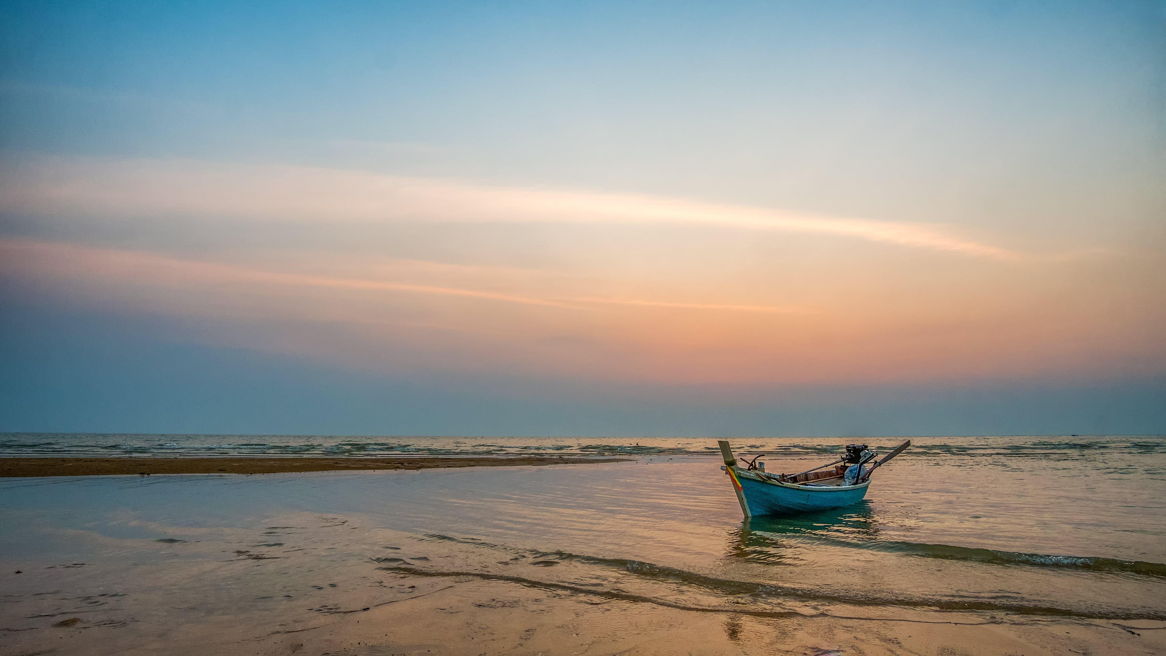 Ảnh nền bờ biển đẹp 4K