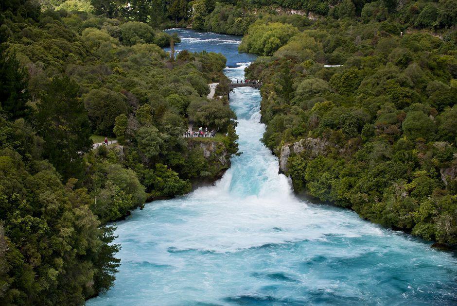Hình ảnh dòng thác nước đẹp
