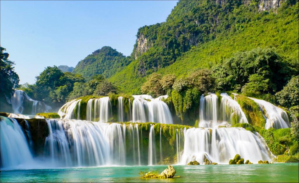 Hình ảnh thác nước chảy