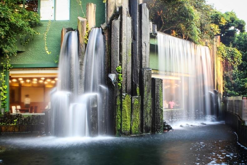 Hình ảnh thác nước nhân tạo