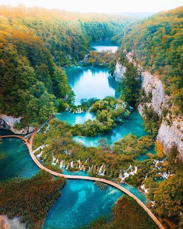 Hình ảnh thác nước từ trên cao