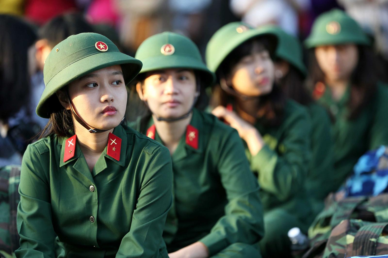 Hình ảnh đội nữ công an xinh đẹp