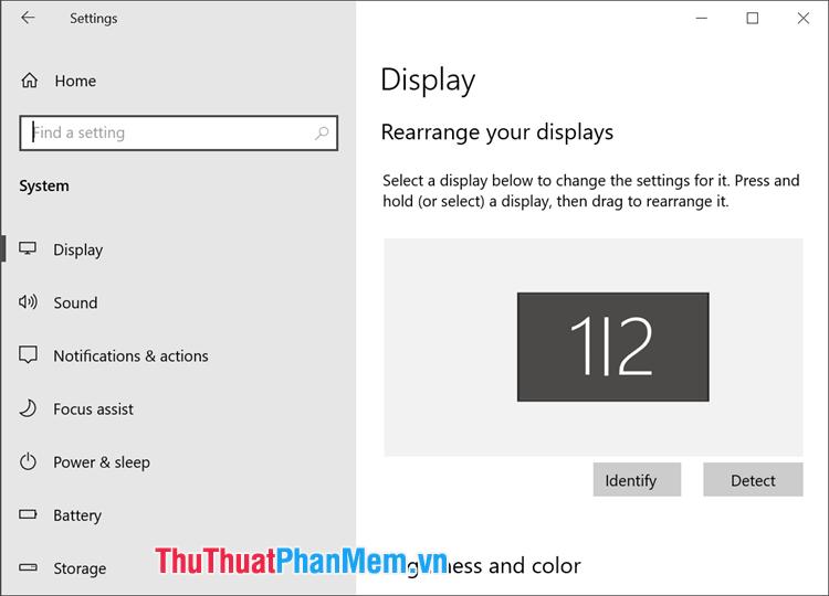 Bạn click vào số 1 hoặc 2 và giữ chuột di chuyển sang trái hay phải để thay đổi vị trí hiển thị của màn hình