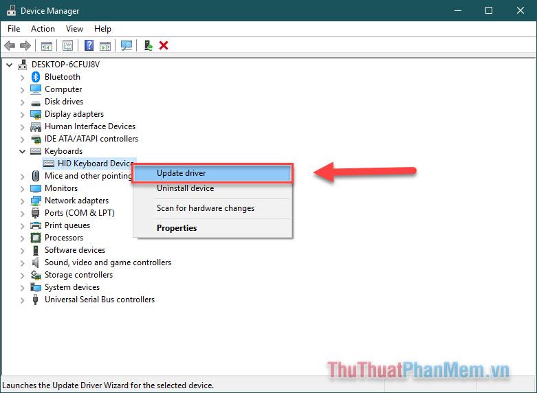 Click chuột phải vào driver của bàn phím và chọn Update driver rồi khởi động lại máy