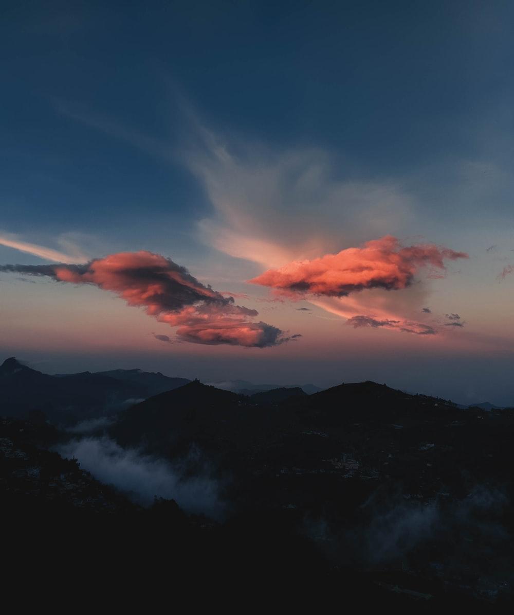 Hình ảnh background núi và trời
