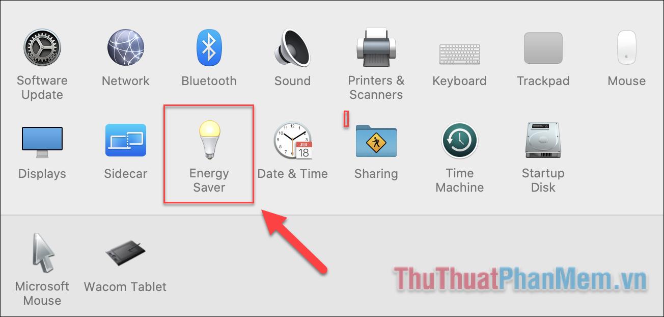 Tại giao diện chính của System Preference, bạn tìm đến biểu tượng hình bóng đèn, đây chính là thiết lập Energ
