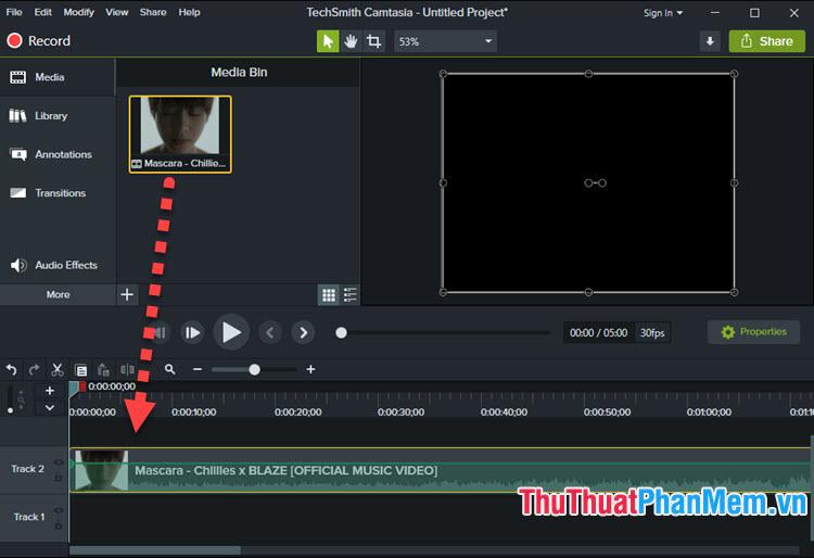 Click chuột trái và giữ video ở mục Media Bin và kéo, thả xuống mục Track 2