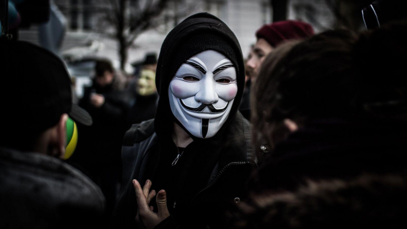 Ảnh Anonymous mặt nạ trắng