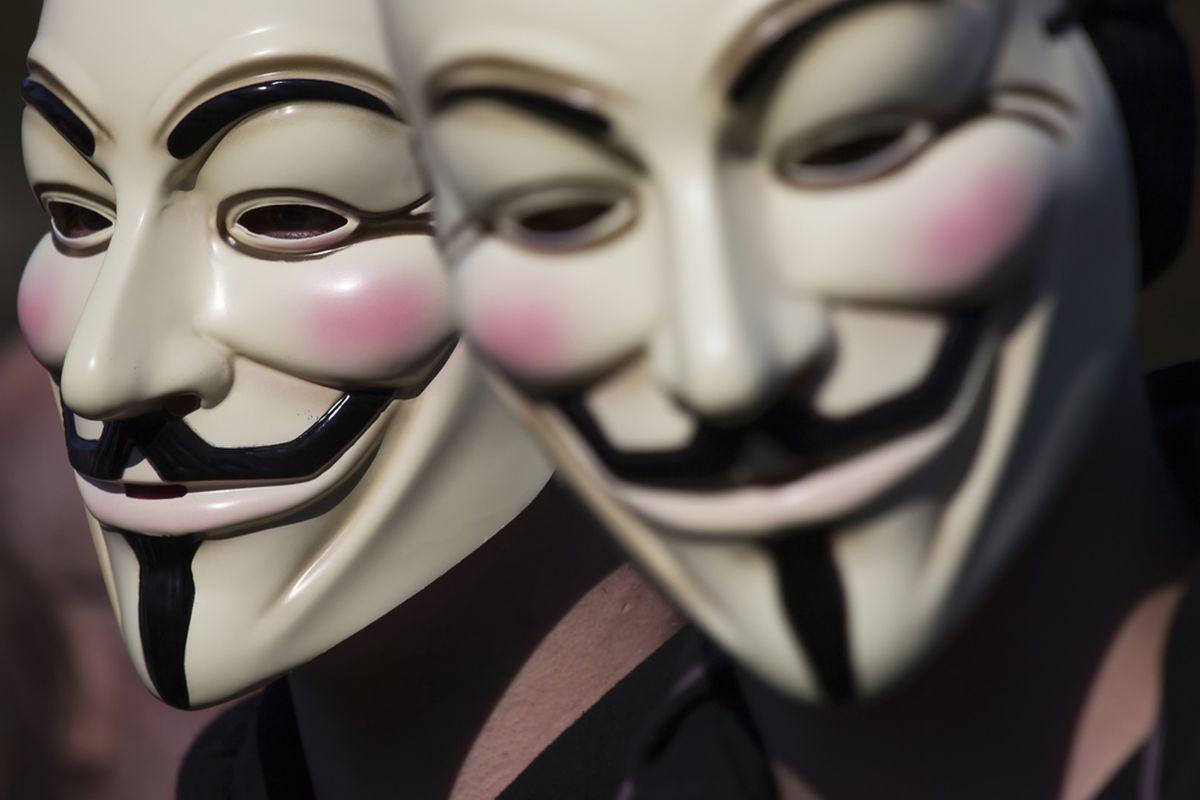 Ảnh Hacker mặt nạ Anonymous