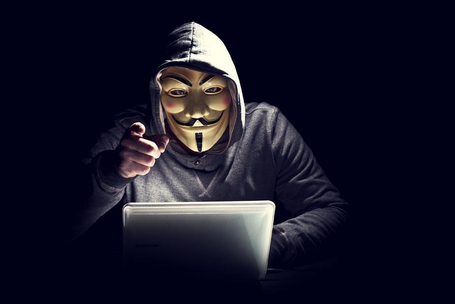 Ảnh kẻ phá hoại Anonymous