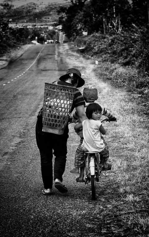 Hình ảnh tình yêu thương người mẹ cho con