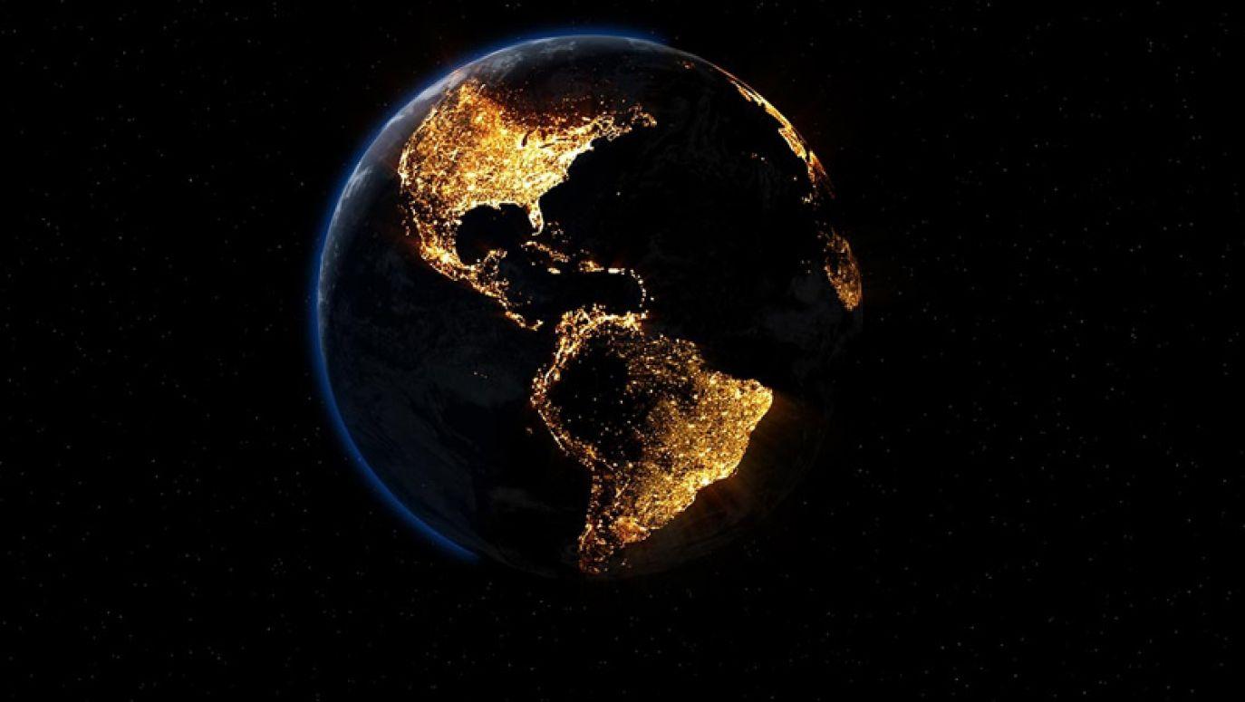 Ảnh Trái Đất về đêm