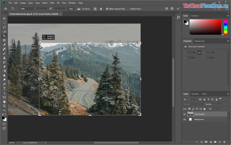 Click vào những điểm góc của khung Crop để cắt hình ảnh