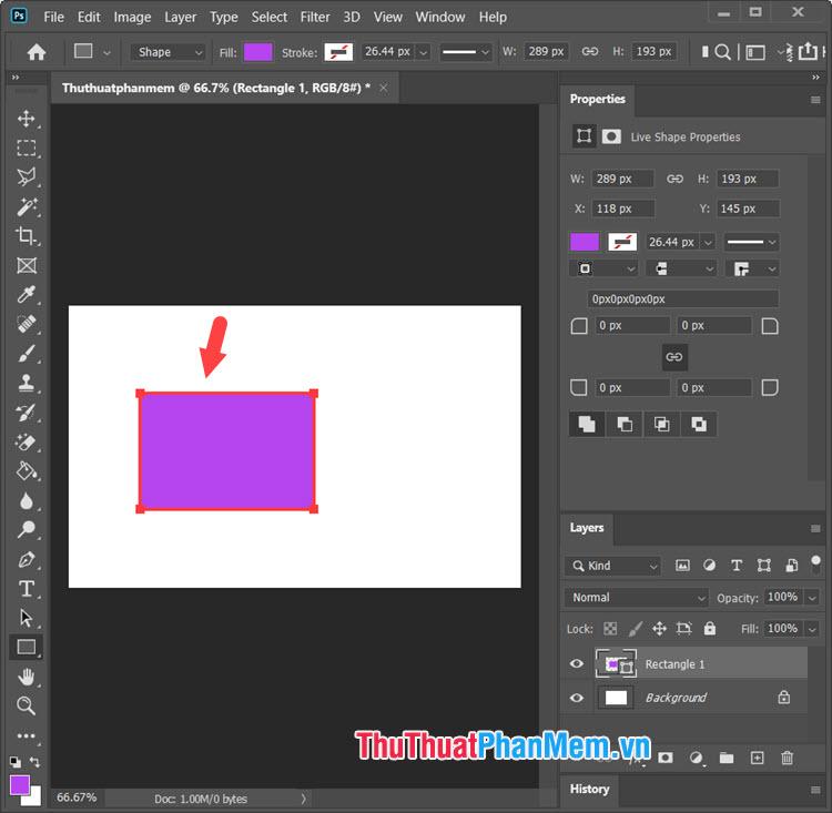 Click và giữ chuột trái vào màn hình làm việc trên Photoshop để tạo hình