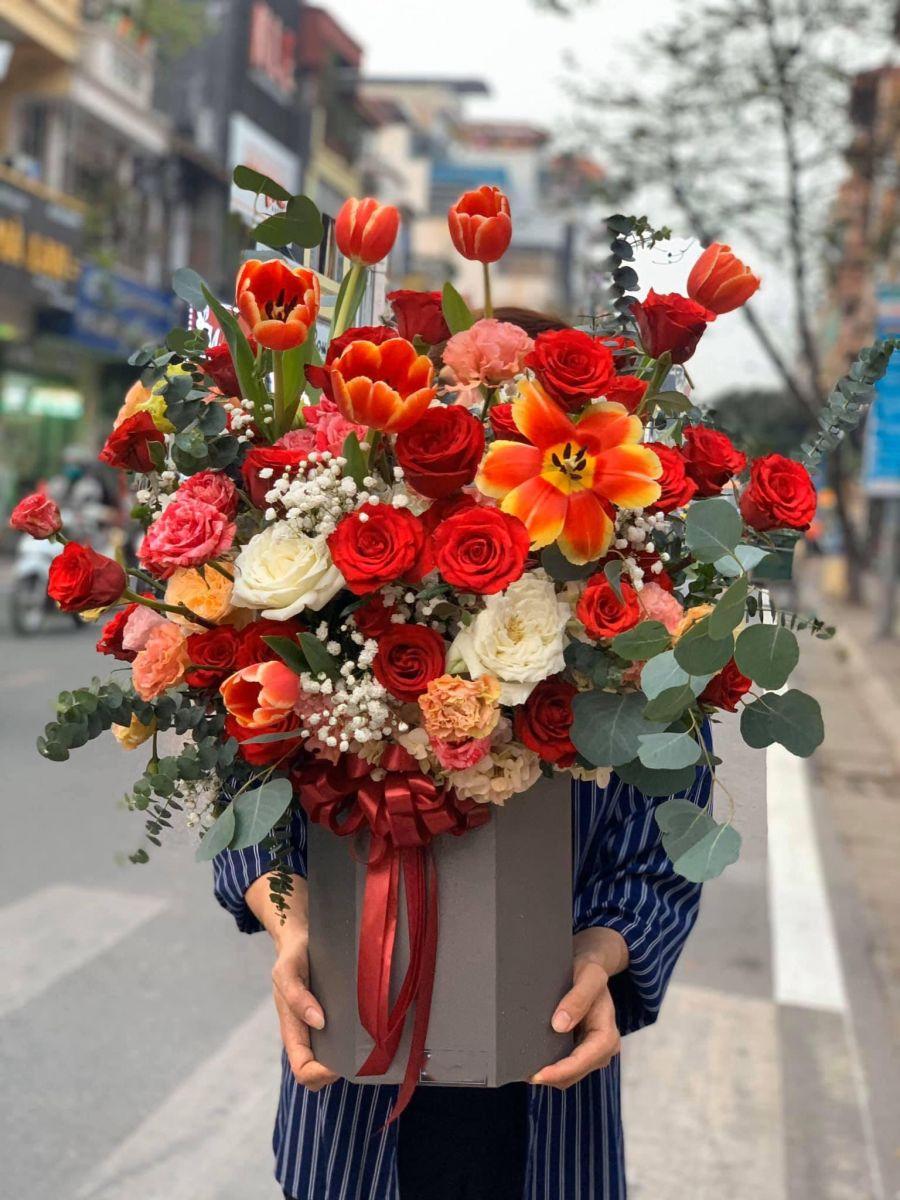 Hình ảnh lẵng hoa đẹp, rạng rỡ