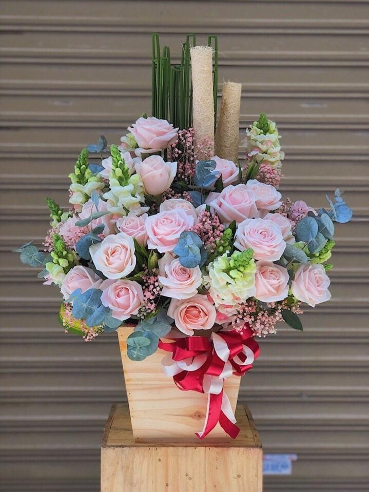Hình ảnh lẵng hoa hồng ngoại đẹp, độc đáo