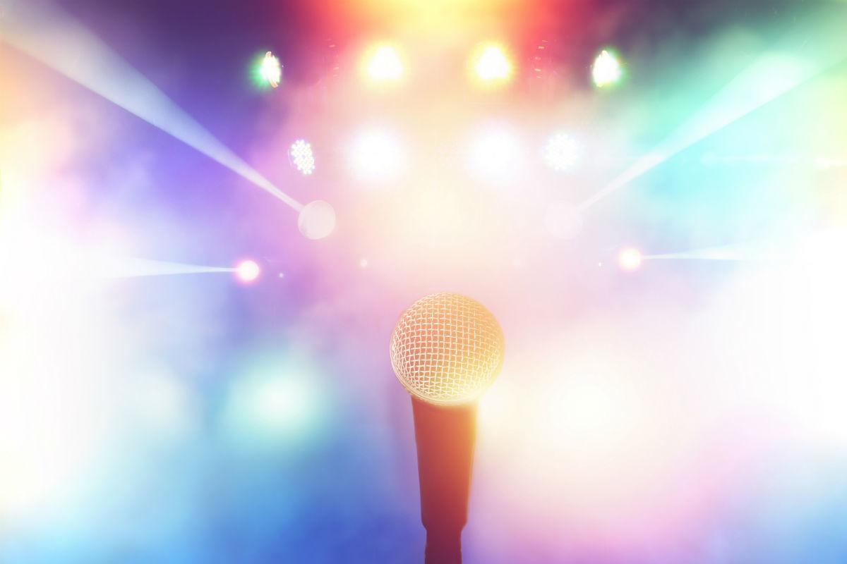 Background karaoke gradient