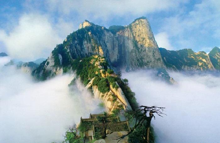 Hình ảnh mây và núi đẹp