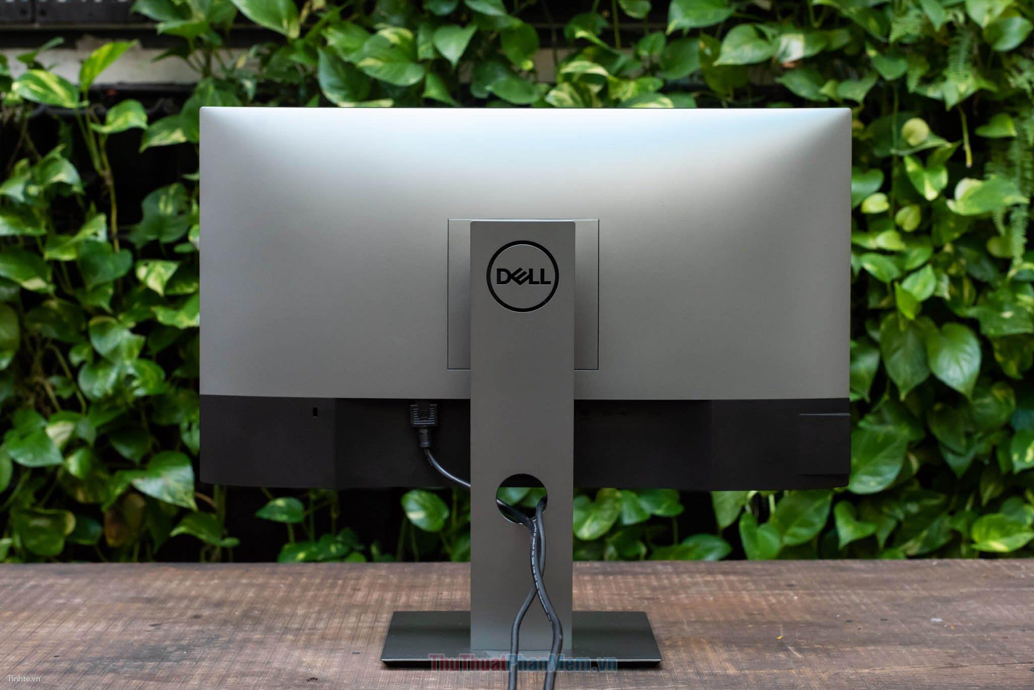 Dell gồm 2 dòng sản phẩm là Dell Ultrasharp và Dell Ultrasharp Professional