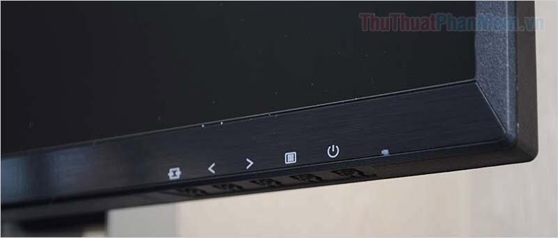 Nhấn nút Settings trên màn hình để xuất hiện cửa sổ tuỳ chọn